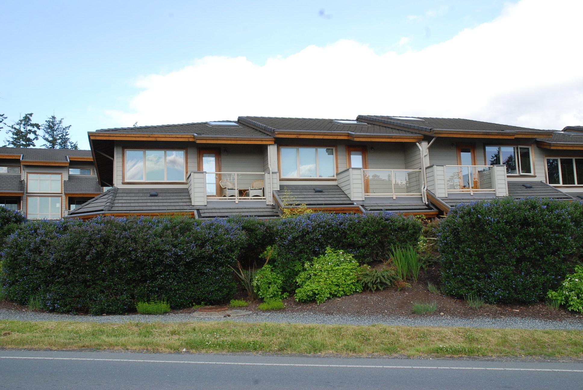 Condos Salt Spring Island Real Estate